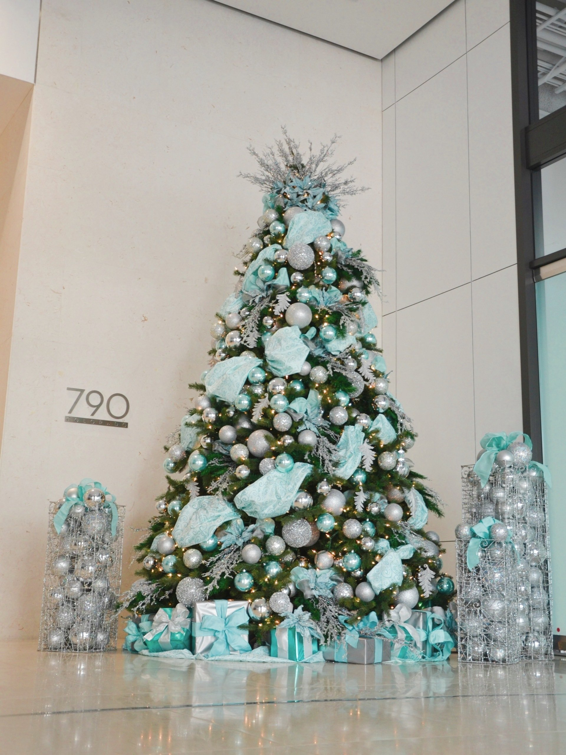 Christmas Decorating Company Los Angeles