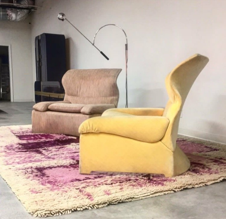 floor lamp with 2 recliners