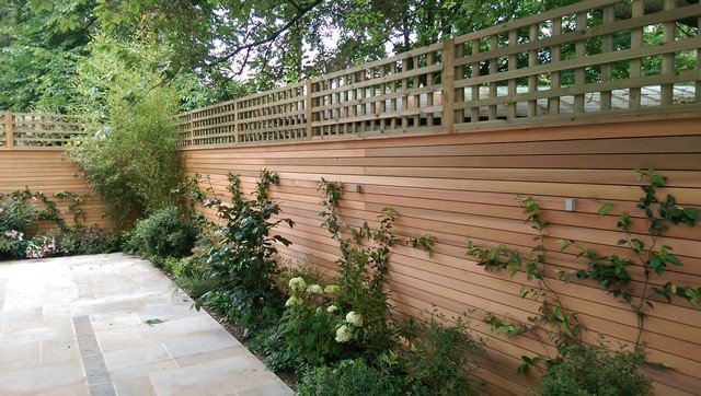 London garden Builders design West Red Chedar horizontal fence