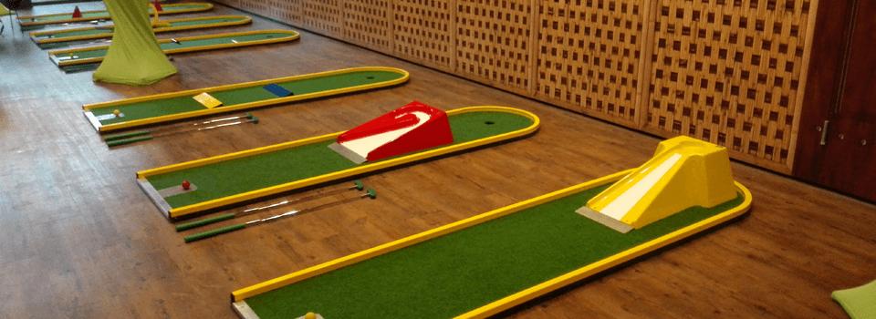Spiele Für Weihnachtsfeier Mit Kollegen.Indoor Weihnachtsfeier Minigolf