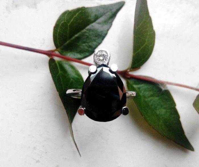 Resultado de imagen para diamante negro joyas