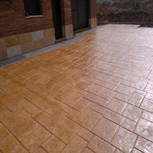 Pavimentos de hormigon impreso en tarragona barcelona y Hormigon impreso lleida