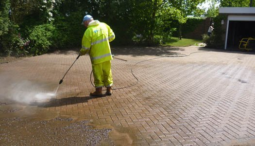 High Pressure Cleaning a drive and patio