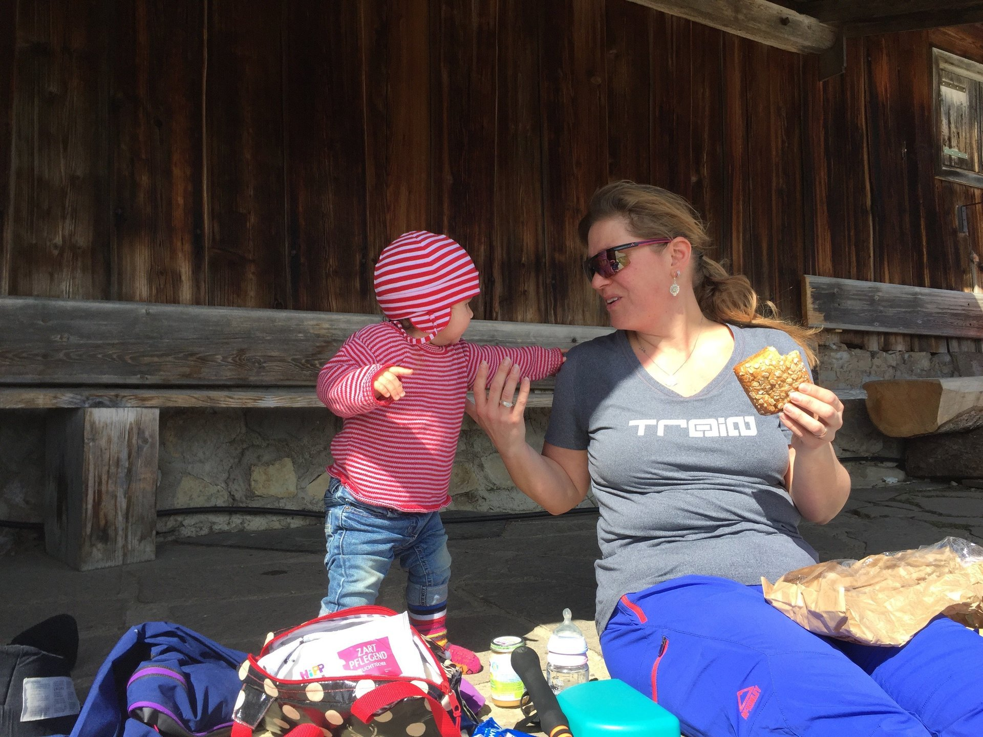 Mamas Bauchladen auf der Hütte