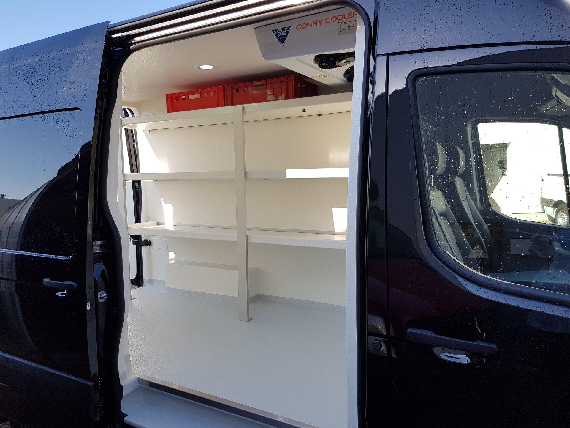 hyundai h 1 und h350 umbauten hygiene und k hltransporter. Black Bedroom Furniture Sets. Home Design Ideas