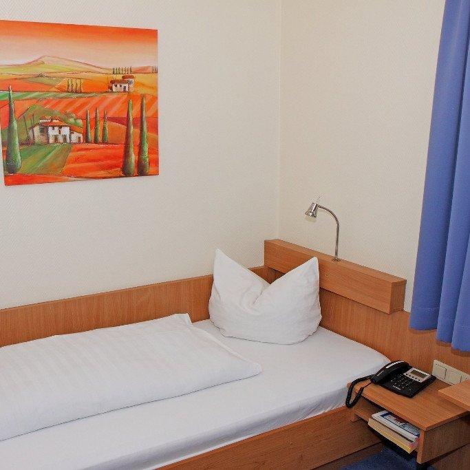 EINZELZIMMER EUROPA HOTEL SAARBRÜCKEN mit TV WC Dusche