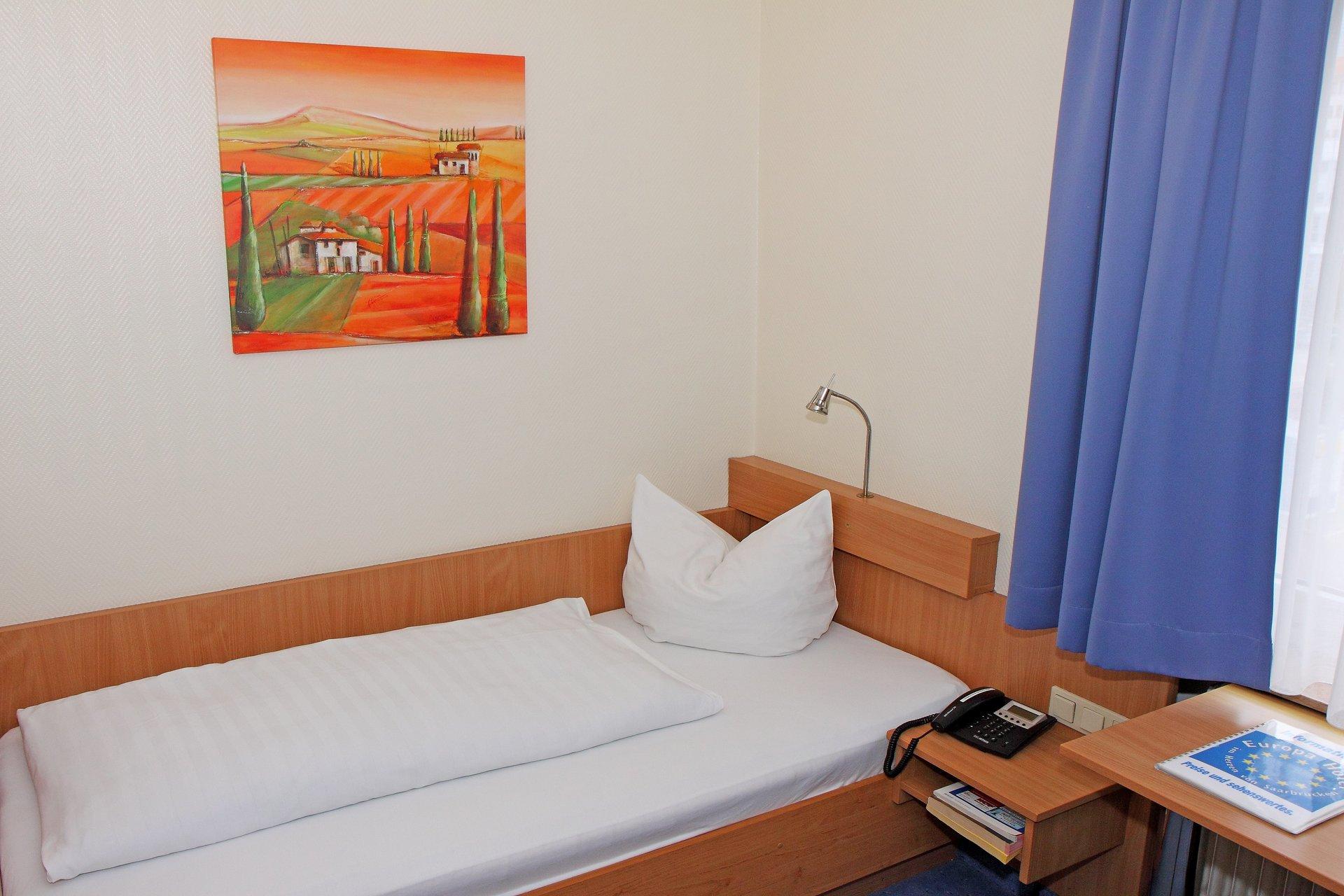 EINZELZIMMER SAARBRÜCKEN EUROPA HOTEL
