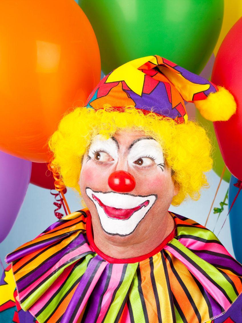 сценарий поздравления клоунами взрослого отдельного