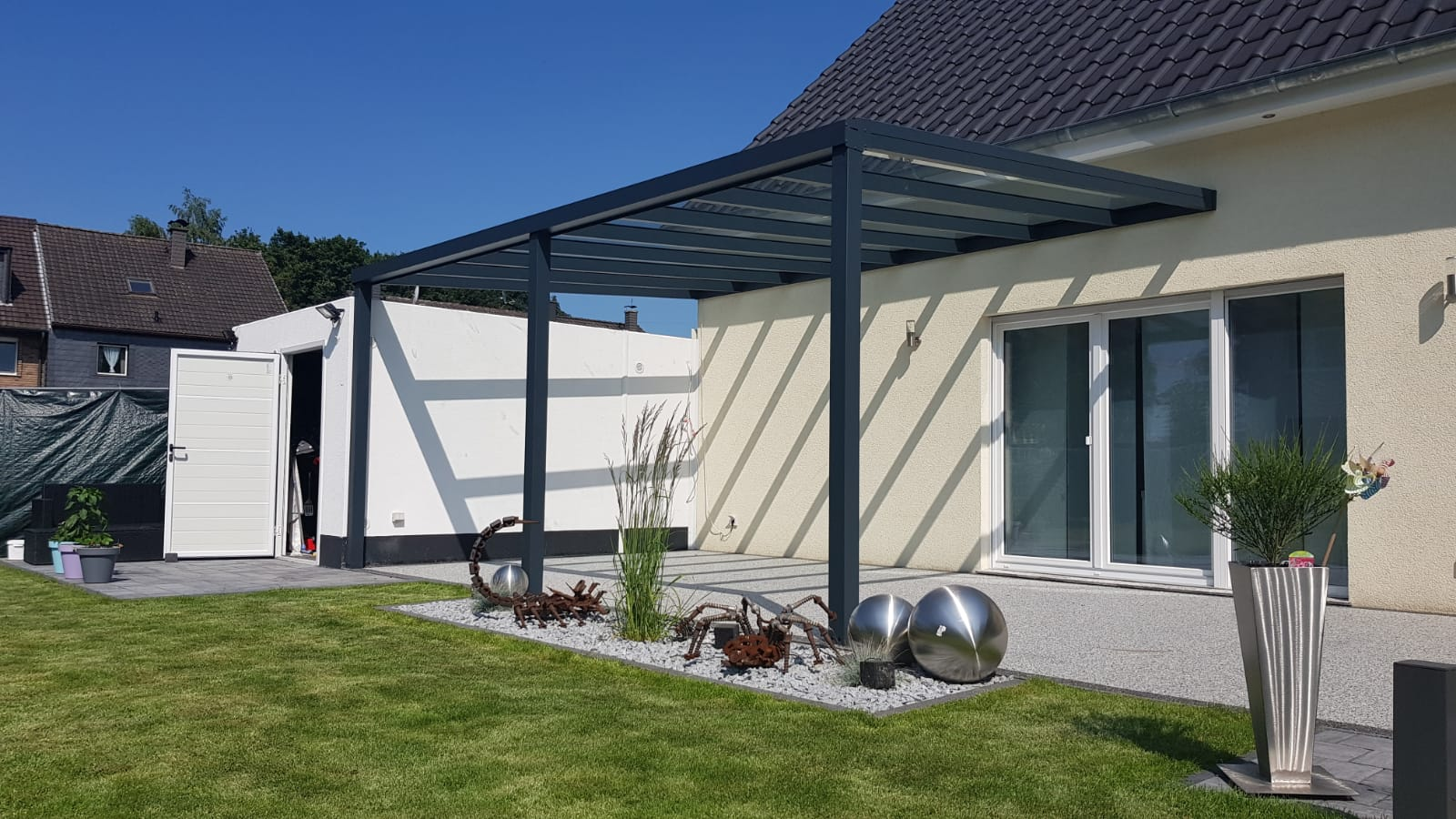 terrassen berdachung terrassendach und terrassen berdachung alu. Black Bedroom Furniture Sets. Home Design Ideas