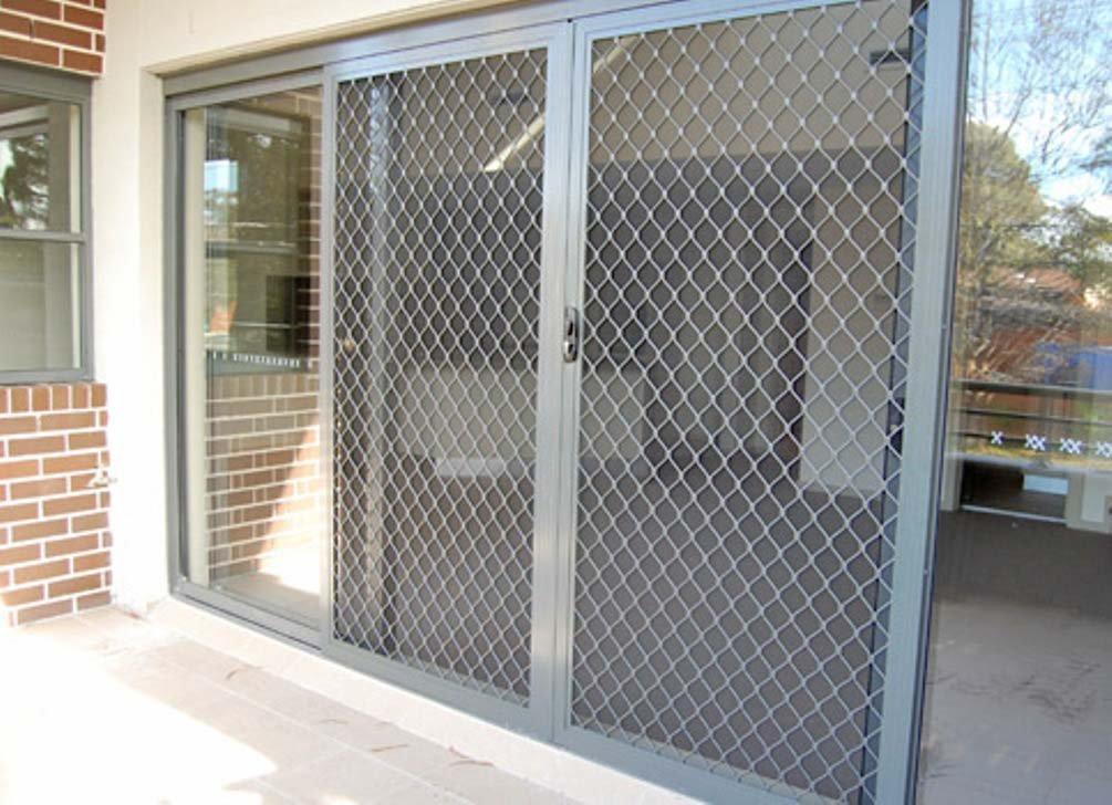 Venta e instalaci n puertas met licas correderas for Puertas para cerramientos