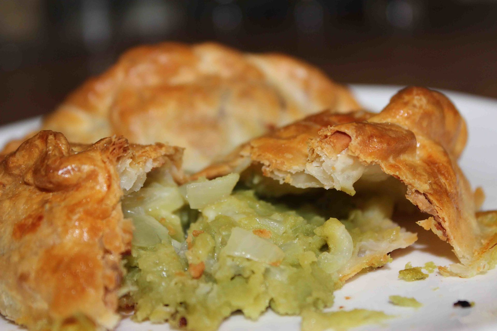 Doc Tremayne's chesse and mushy pea pasty photo by L A Kent Cornish author of Inspector Treloar Mysteries