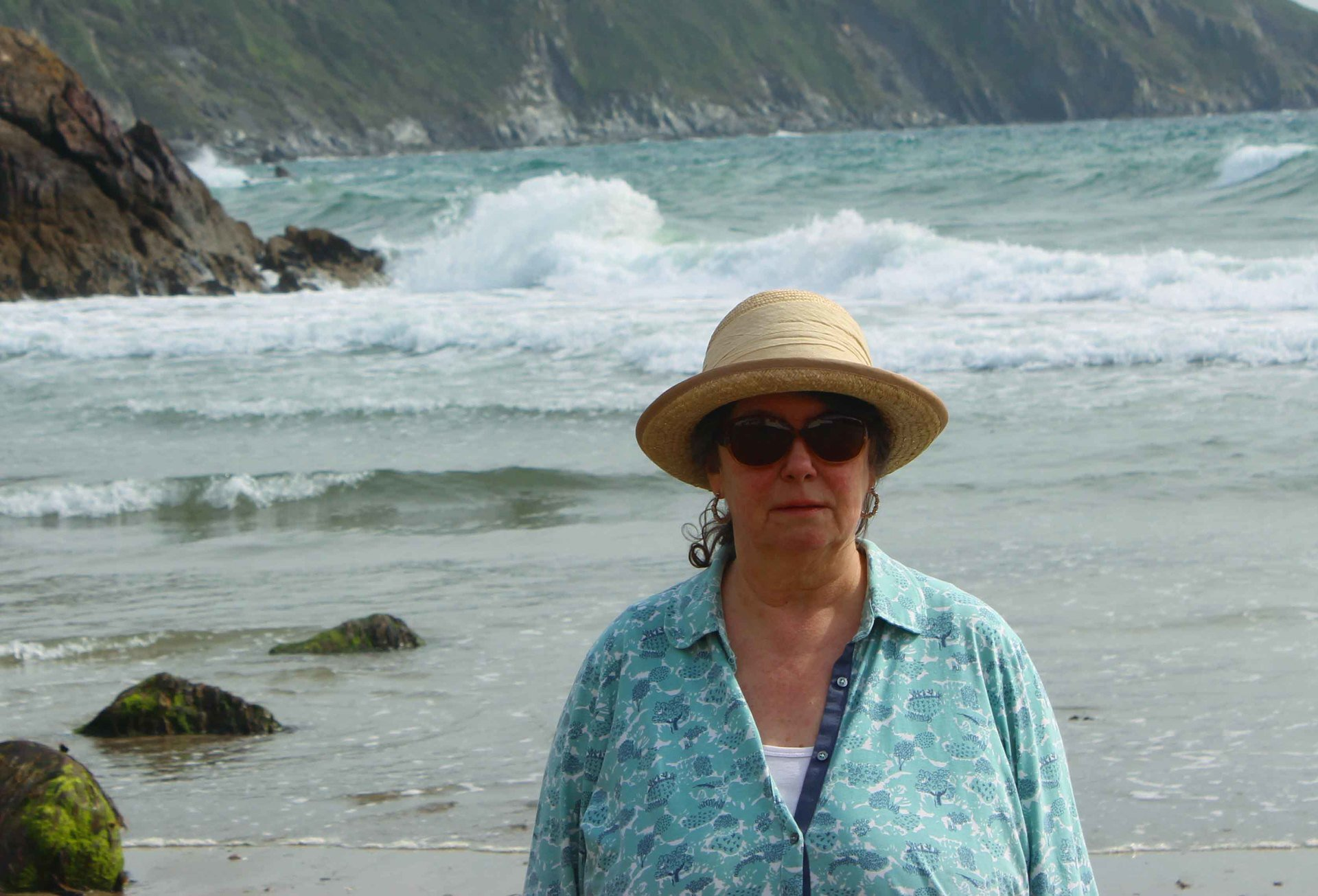 Louise Harrington half of L A Kent author of The Inspector Treloar Mysteries